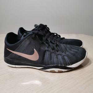 Nike Free Tr 6 Training Shoes / Runners
